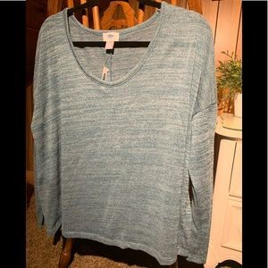 Long sleeve old navy shirt